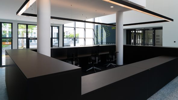 07-lobby